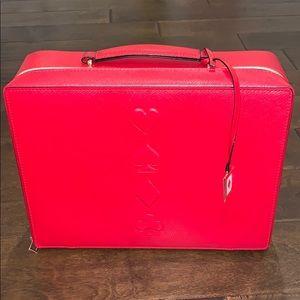 NWOT Estée Lauder Red Travel Case ♠️♠️♠️